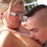 Filho fazendo sexo com sua mãe safada