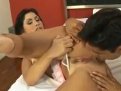 Brasileira tesuda morena tomando no cu no motel com amante
